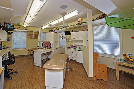 Dental Room - Pediatric Dentist in Mission, Yellowknife and Whitehorse
