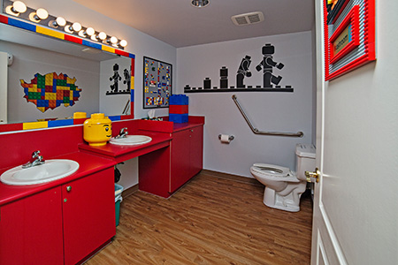 Washroom / Sinks - Pediatric Dentist in Mission, Yellowknife and Whitehorse